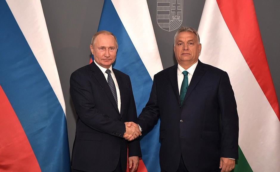 Budapesta semnalizează Vest, dar stă lipită de Est. Relațiile Ungariei cu Rusia și China în 2021 au continuat nestingherite